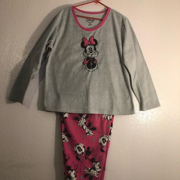 8f54bfbe09d5e Disney Intimates & Sleepwear | Minnie Mouse Pajama Set 2 Piece 2x ...